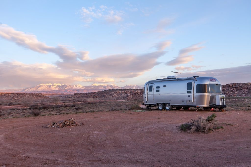 trailer home parked in the desert